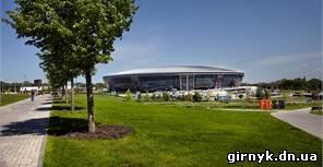 Профессиональные фото Донецка: фантастическая Арена, нарядный Донецк-Сити, величавый храм